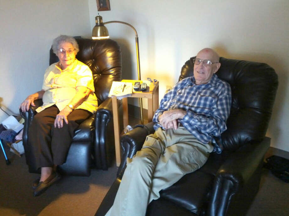 Homer Marquez/Plainview HeraldAlvin Law and wife Daisy recall memories of Alvin's military tour in Germany during World War II.