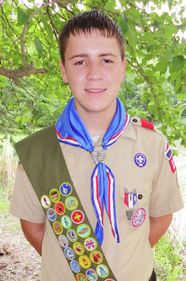 Braiden Allen King, a senior at Rowlett High School, has earned the rank of Eagle Scout. King, 17, designed and constructed a birds of prey enclosure for the Rodgers Wildlife Rescue Center in the Dallas/Fort Worth Metroplex as his Eagle service project. He is the son of Kelly and Lorie King of Rowlett and grandson of W.T. and Betty King of Hart.