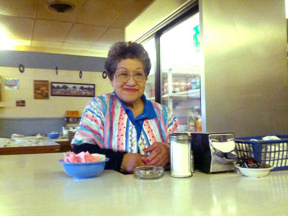 Homer Marquez/Plainview HeraldEven after four decades, waitress Dorthy Jackson is still going strong as a fixture at Plainview Nu Griddle Restaurant.