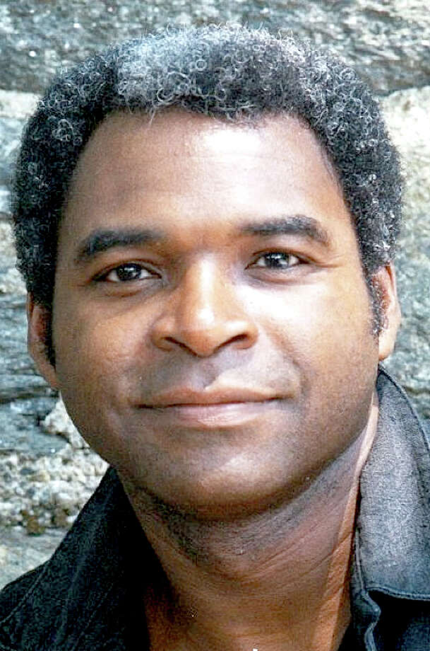 Terry Cook,international opera personality and son of Charlie and Rushia Cookof Plainview, will make his debut performance with the PlainviewSymphony Sept. 1. Cook, who is a graduate of Plainview High Schooland Texas Tech University, has performed with the MetropolitanOpera as well as a number of prestigious orchestras. A bass, hissignature portrayal in 'Porgy and Bess has been acclaimedthroughout opera circles.'