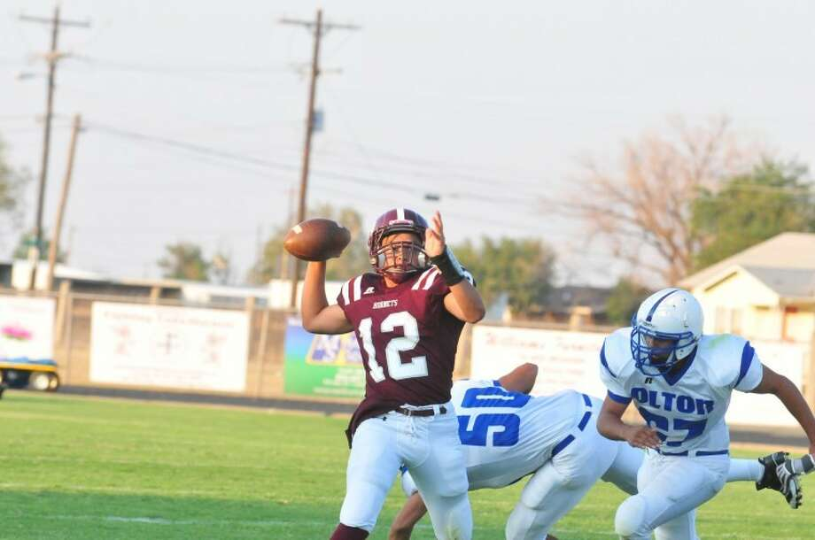 Can Tulia Hornets' quarterback John Martinez lead the Hornets to back-to-back wins? Photo: Ryan Thurman//Plainview Herald