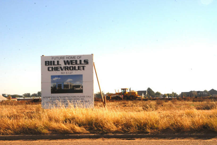 Groundbreaking for the new Bill Wells Chevrolet dealership is set for 11 a.m. Tuesday at 501 S. I-27-east service road.