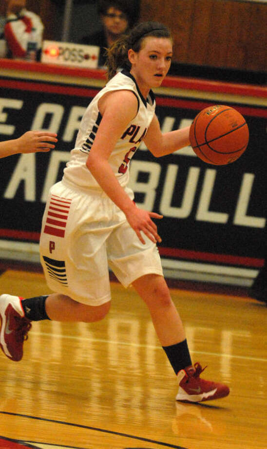 Meredith McDonough averages about nine and a half points per game for the Lady Bulldogs and leads the team with 37 steals. Photo: Skip Leon/Plainview Herald