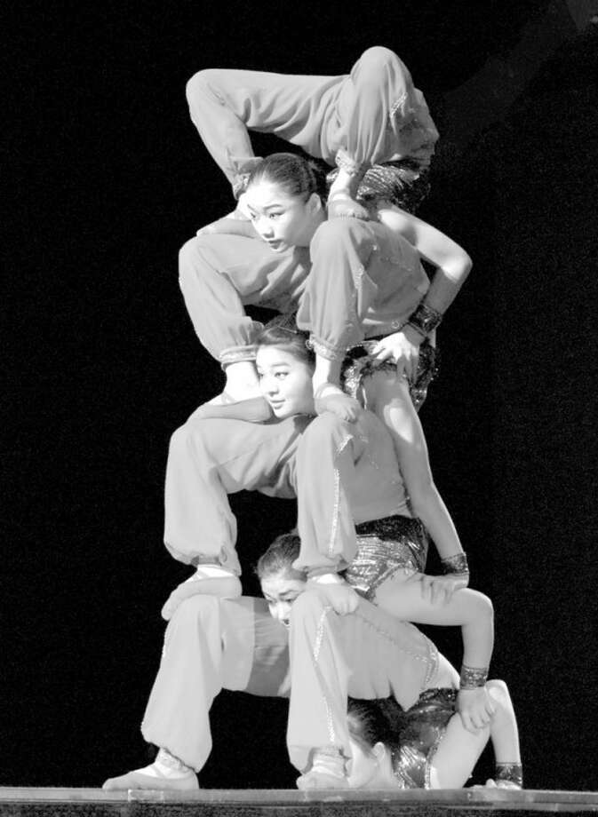 The Shangri-La Chinese Acrobats