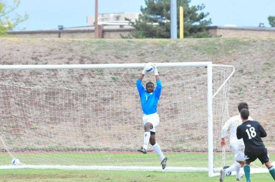 Wayland goalkeeper John-Ramses Thomas (1) stops an OBU shot during a SAC match Saturday at Hilliard Field. Photo: Ryan Thurman/Plainview Herald
