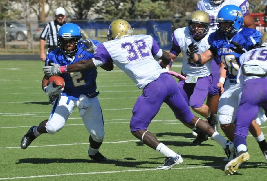The Wayland Baptist Pioneers suffered a tough loss Saturday as the Plainview team was defeated by Bacone College 53-0. Next week Wayland will play their final game of the season as they head to Goodwell Ok. to take on Panhandle State University. Photo: Richard Porter/Plainview Herald