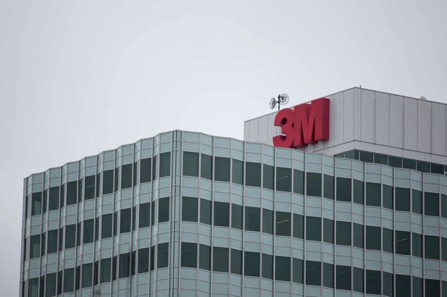 3M Co., the maker of Post-it notes, industrial coatings and ceramics, posted revenue of $7.66 billion in the period, which fell short of Wall Street forecasts. Photo: Mike Bradley /Bloomberg News / © 2016 Bloomberg Finance LP