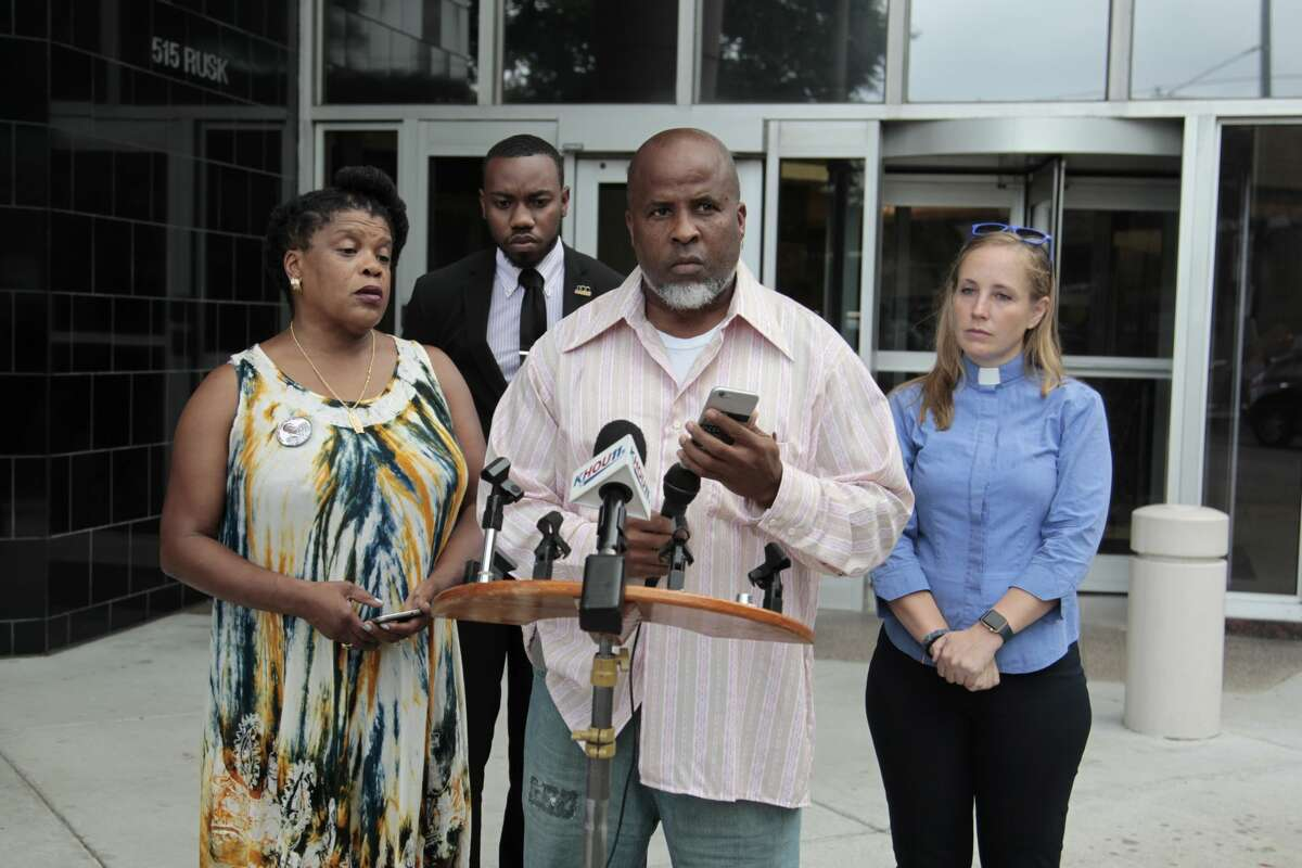 Dewayne Charleston plays a recording during a press conference Tuesday, June 26, 2016 regarding the death of Sandra Bland.