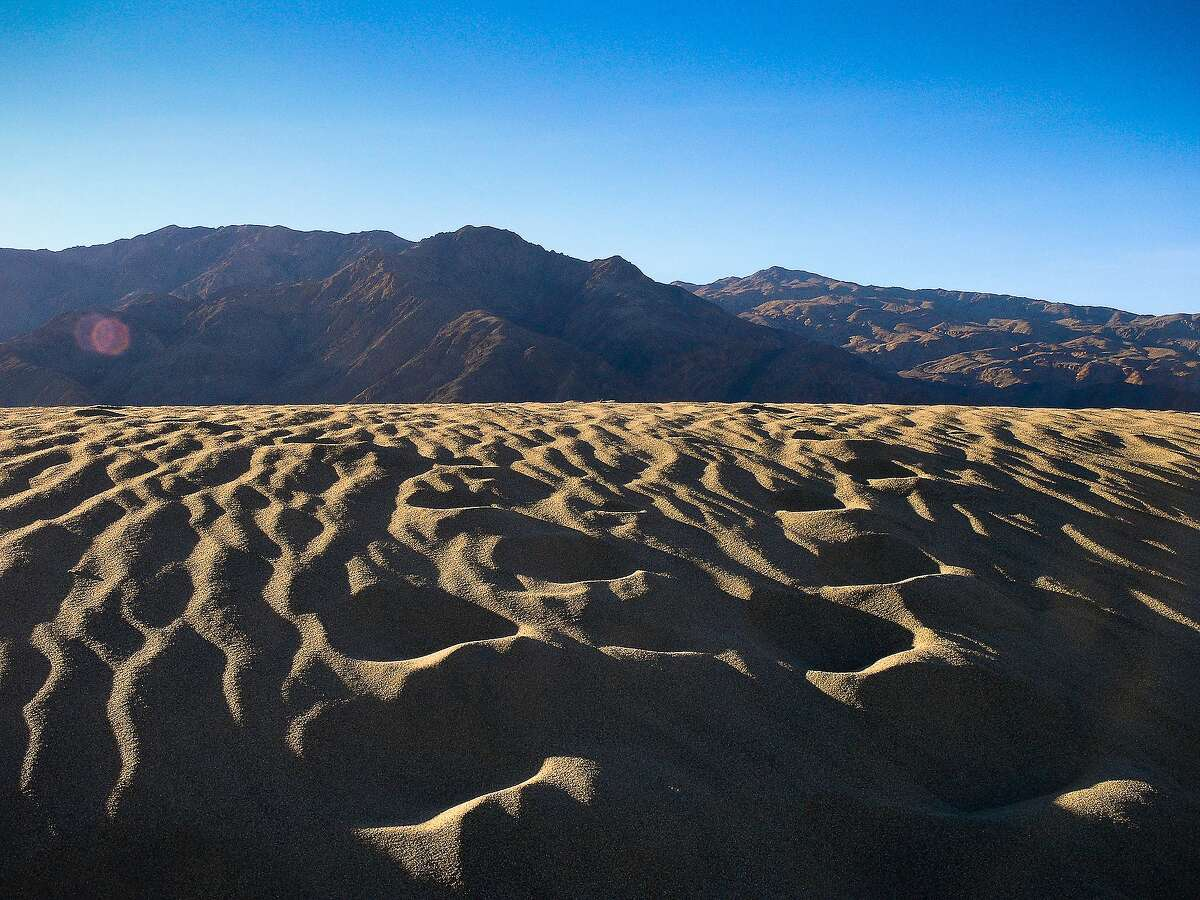 Sand dunes of Stovepipe Springs, Death Valley National Park.