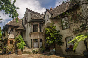 Also known as Normandy Village, Thornburg was built by Jack Thornburg and designed by Thornburg William Yelland in 1927 based on their time in WWI France. It is a local Berkeley landmark.   Northside, Berkeley, California