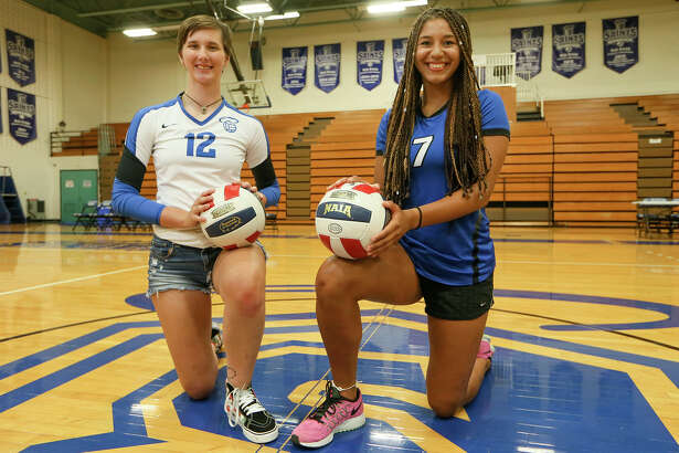 Our Lady of the Lake University sophomores Carice Pfeiffer (left) and Kalani Wood in Mabee Gym on Friday, July 15, 2016.  MARVIN PFEIFFER/ mpfeiffer@express-news.net