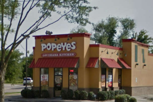 Popeye's    Address: 14266 Gulf Freeway, Houston, Texas 77034    Demerits: 14   Inspection highlights: Equipment found to be not in good repair.