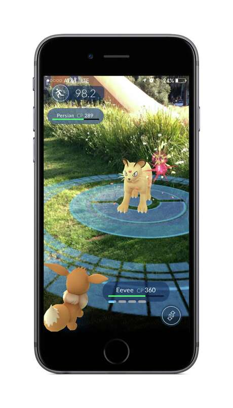 An example of battling in Pokemon Go. (Niantic) Photo: Niantic, HO / TNS / Chicago Tribune