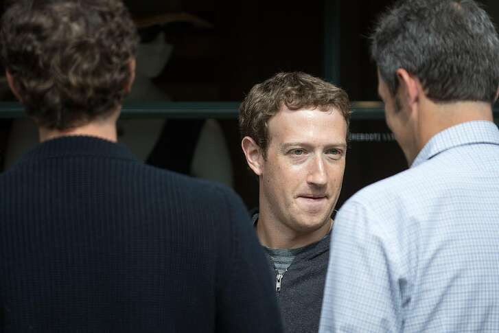 SUN VALLEY, ID - JULY 6: Mark Zuckerberg, chief executive officer and co-founder of Facebook Inc., attends the annual Allen & Company Sun Valley Conference, July 6, 2016 in Sun Valley, Idaho. Every July, some of the world's most wealthy and powerful businesspeople from the media, finance, technology and political spheres converge at the Sun Valley Resort for the exclusive weeklong conference. (Photo by Drew Angerer/Getty Images)