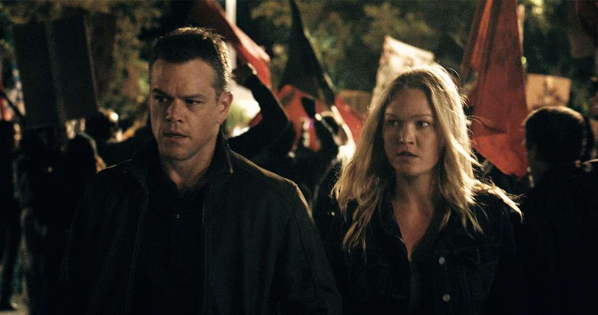 "Matt Damon and Julia Stiles in a scene from the new film ""Jason Bourne."" (Universal Pictures/TNS)"