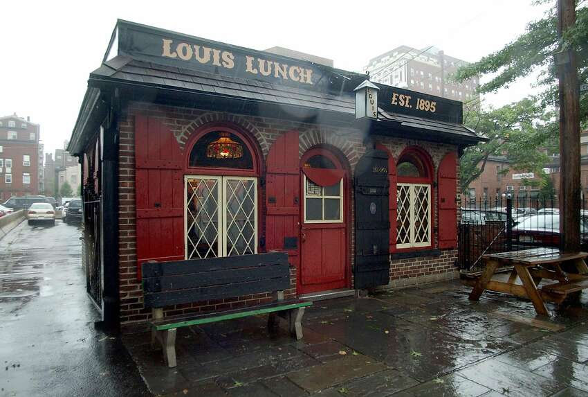 Louis Lunch in New Haven Yelp score: 3.5 out of 5 (667 reviews) One-star review: