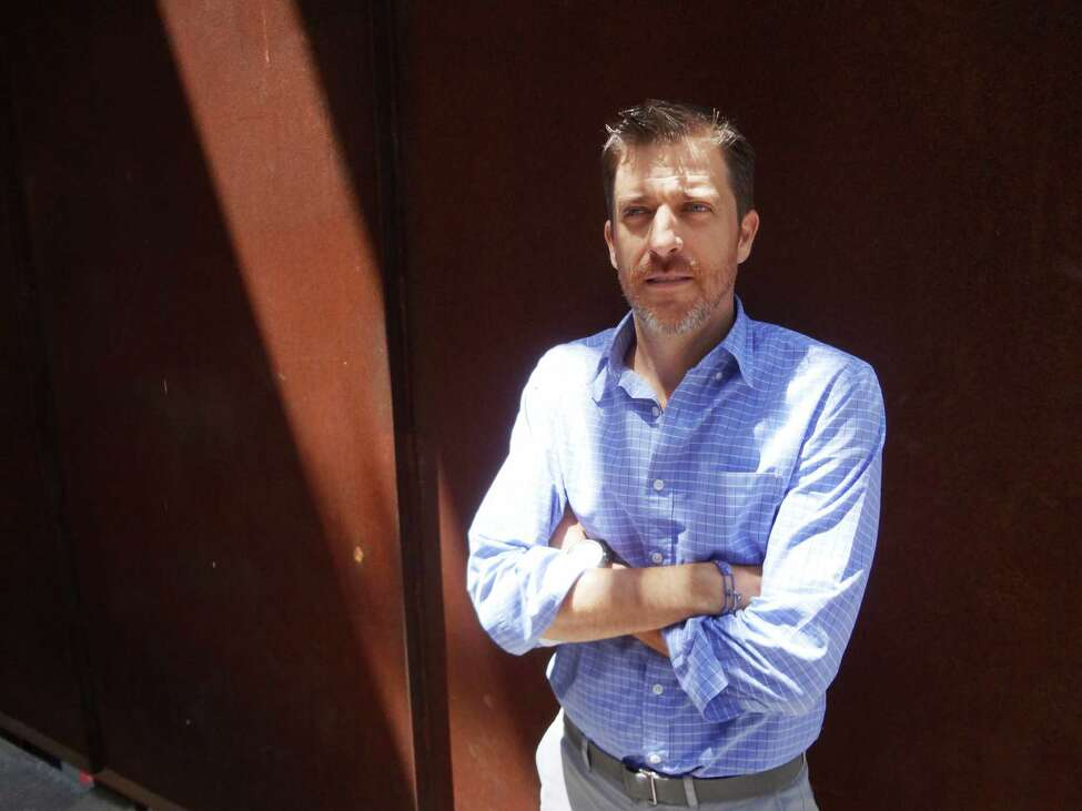 Alvaro Gonzalez Guerra Gomez is a principal in the Mexican firm Gomez Vasquez International who has headed its Texas office in San Antonio for four years.