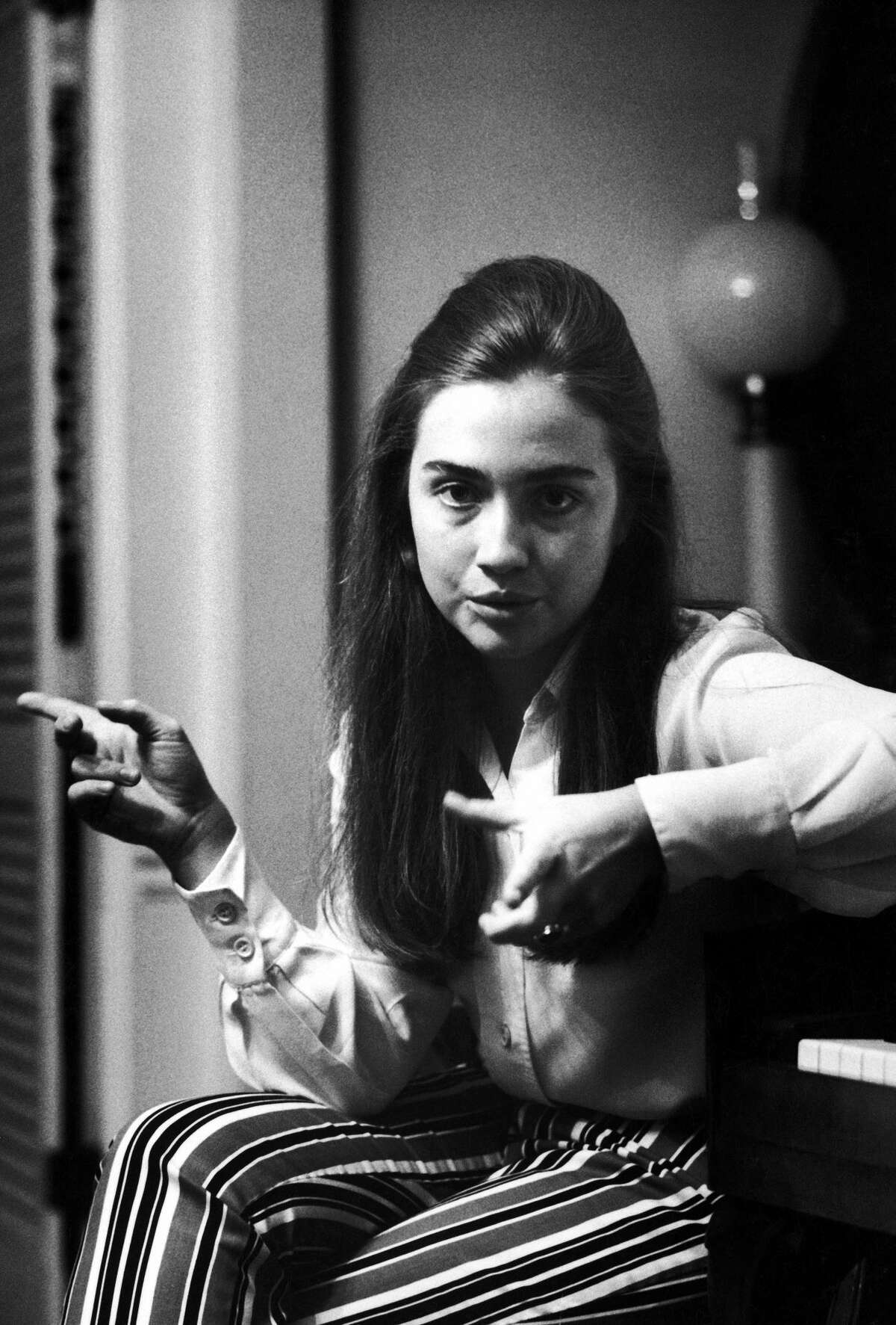 1969Class leader Hillary Rodham of Wellesley College talking about student protests which she supported in her commencement speech. (Photo by Lee Balterman/The LIFE Picture Collection/Getty Images)