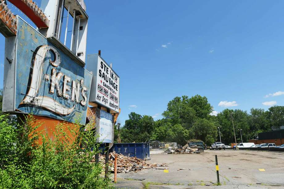 Click through the slideshow to view the demise of L-Ken's, and learn about other abandoned buildings in the Capital Region. Demolition work continues at the site of the former L-Ken's on Central Ave. on Wednesday, July 27, 2016, in Colonie, N.Y.   (Paul Buckowski / Times Union) Photo: PAUL BUCKOWSKI / 20037462A