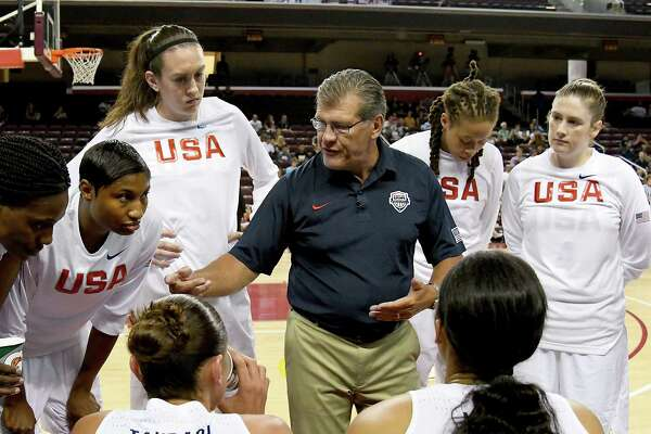 LOS ANGELES, CA - JULY 25:  Geno Auriemma head coach of the USA Basketball Women's National talks to his team during the second half of the game at Galen Center on July 25, 2016 in Los Angeles, California.  (Photo by Jayne Kamin-Oncea/Getty Images)