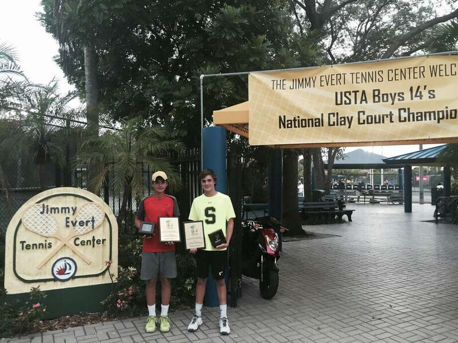 From left, Jeremie Casabon and Greenwich resident Eliot Spizzirri advanced to the finals of the USTA Boys 14s National Clay Court Championships in Fort Lauderdale, Fla., last week. Photo: Courtesy Of USTA