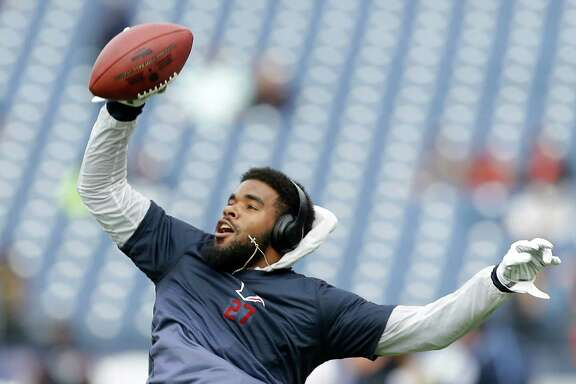 Houston Texans strong safety Quintin Demps warms up before an NFL football game against the Tennessee Titans at Nissan Stadium on Sunday, Dec. 27, 2015, in Nashville. ( Brett Coomer / Houston Chronicle )
