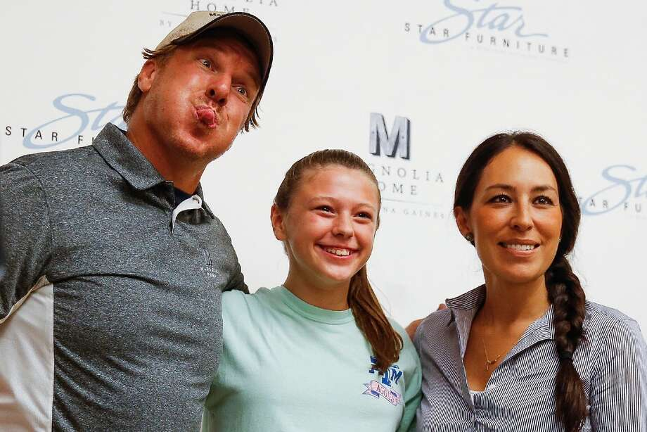 Chip and Joanna Gaines, from the HGTV show Fixer Upper, meet fans at Star Furniture to launch a new line of home furnishings Thursday, July 28, 2016 in Houston. Photo: Michael Ciaglo / Houston Chronicle