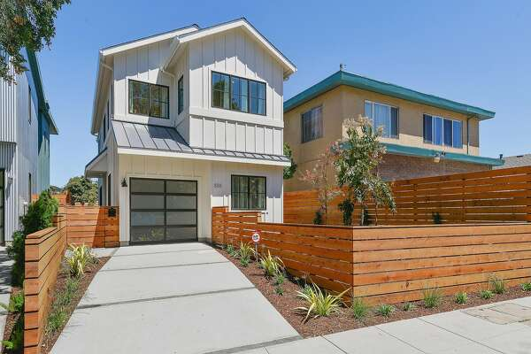 888 59th St. is a newly constructed Napa-style farmhouse in north Oakland.