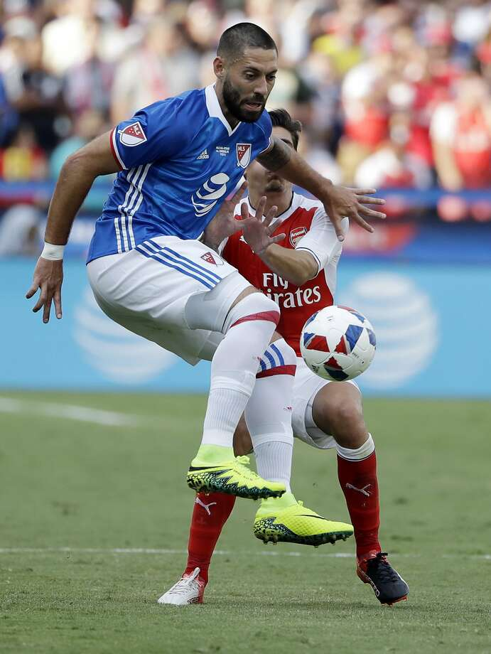 MLS All-Stars' Clint Dempsey, of Seattle Sounders, controls the ball against Arsenal during the second half of the MLS All-Star soccer game Thursday, July 28, 2016, in San Jose, Calif. Arsenal won 2-1. (AP Photo/Marcio Jose Sanchez) Photo: Marcio Jose Sanchez, Associated Press