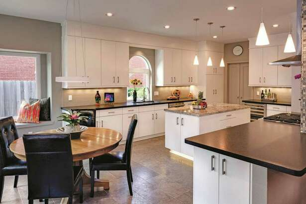 This kitchen was remodeled by Jim Nowlin, owner of Remodeling Concepts, with Interior Design by Lynne T. Jones, ASID.