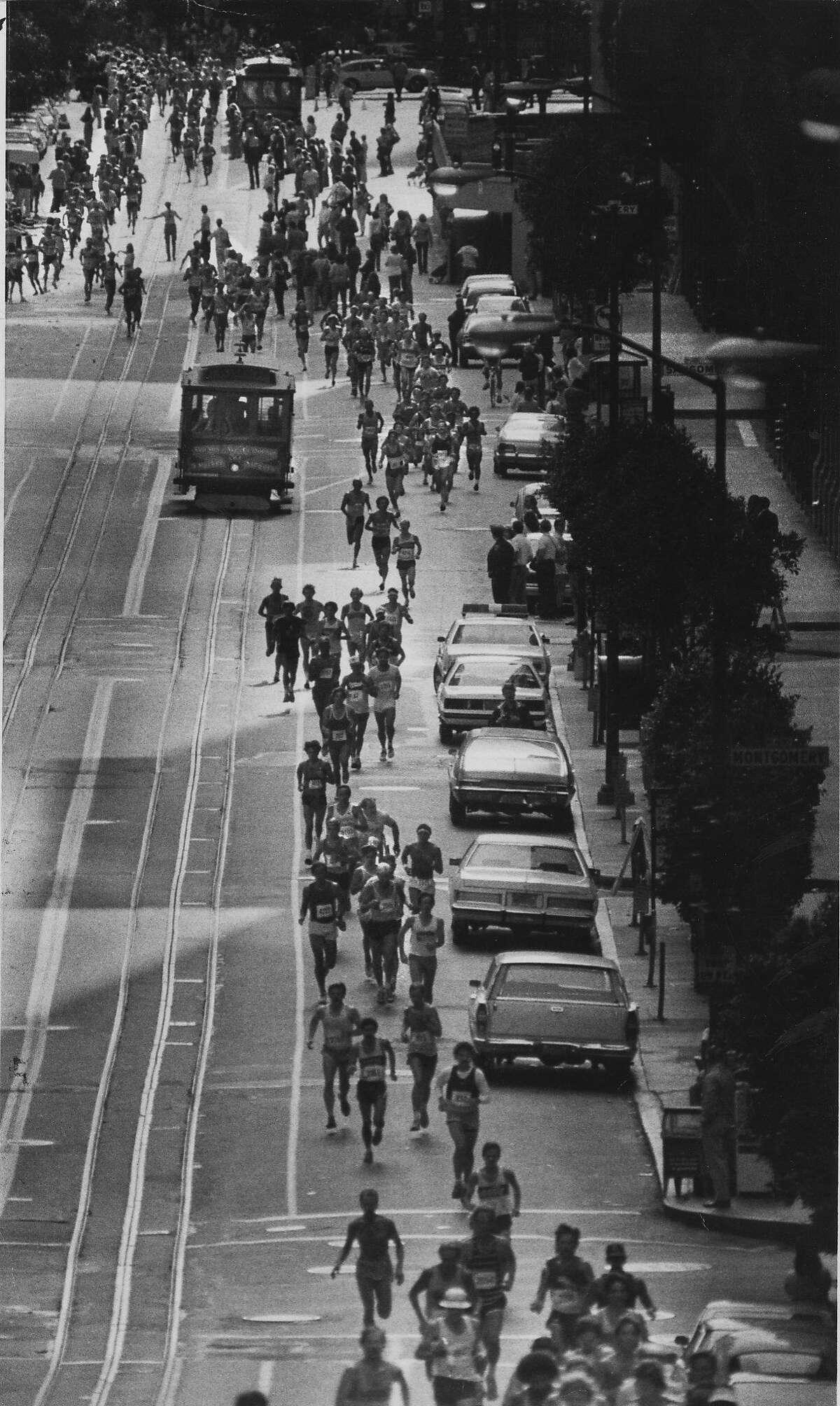 Runners on California St. during the San Francisco Marathon. Photo ran 07/12/1982.