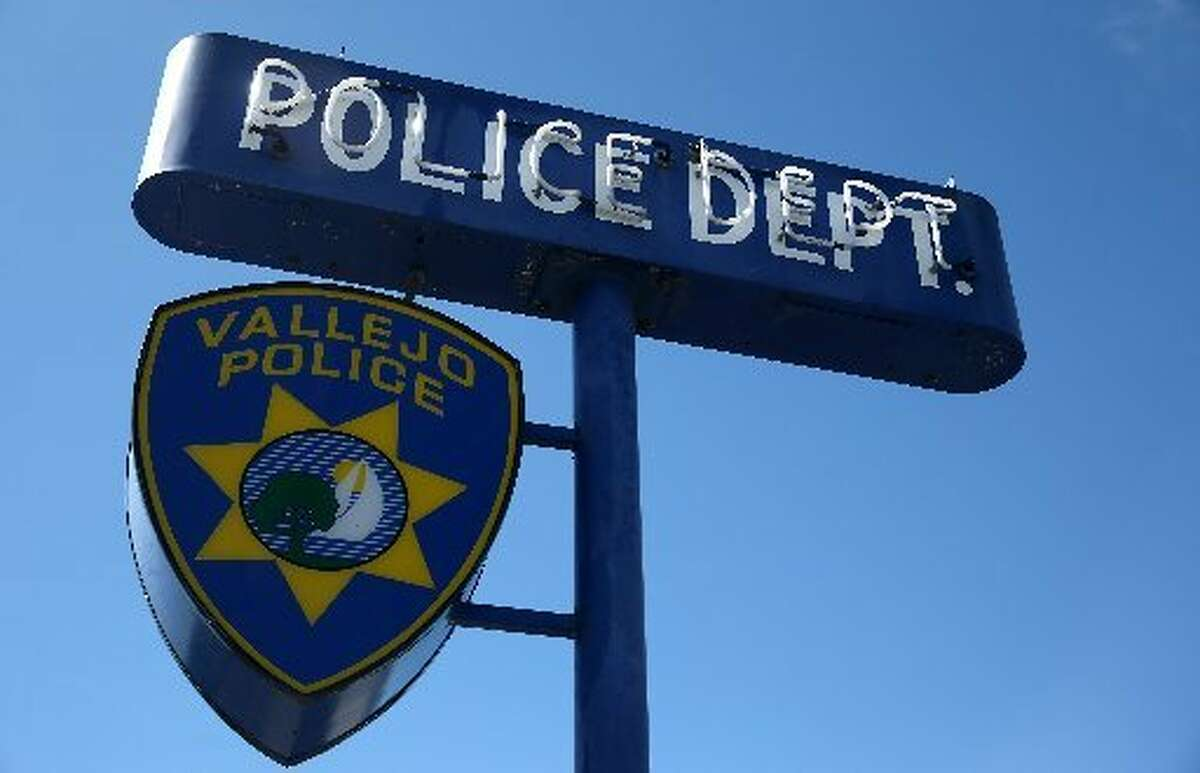 A Vallejo police sign.