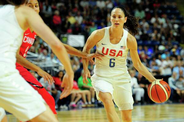Sue Bird of the United States moves the ball upcourt during the USA Women's Basketball Showcase action against Canada on Friday.