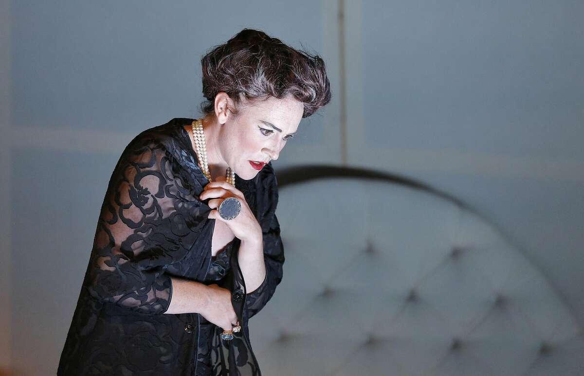"Laura Bohn as the Duchess in Thomas Adès' ""Powder Her Face"" at West Edge Opera"