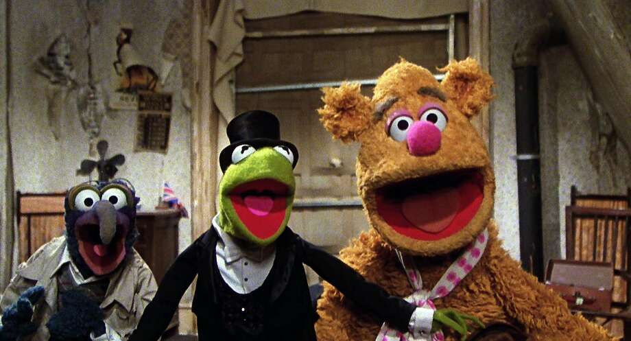 """Gonzo, Kermit the Frog and Fozzie Bear in """"The Great Muppet Caper."""" Photo: Universal Pictures 1981"""