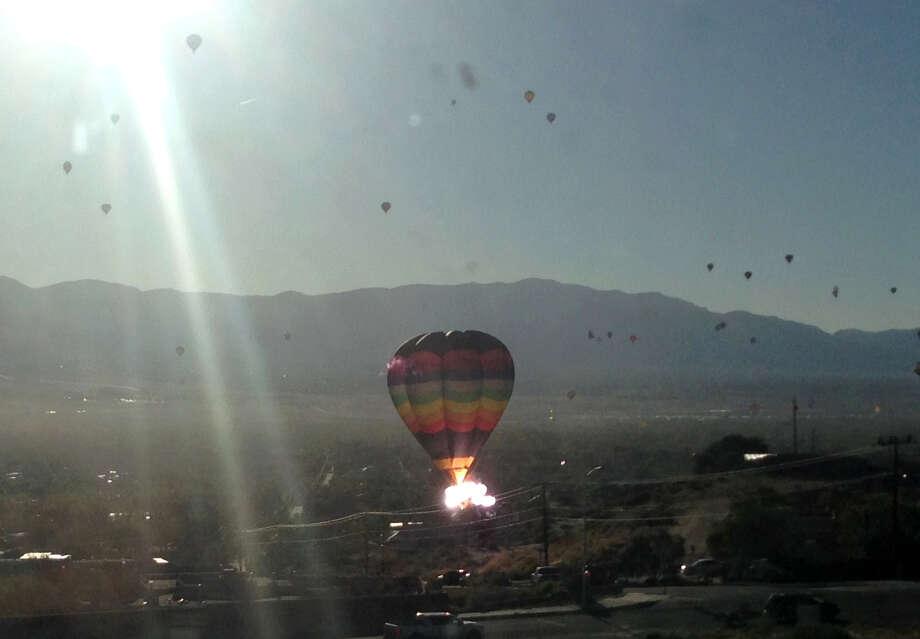NTSB: Pilot in Texas balloon crash that killed 16 was told