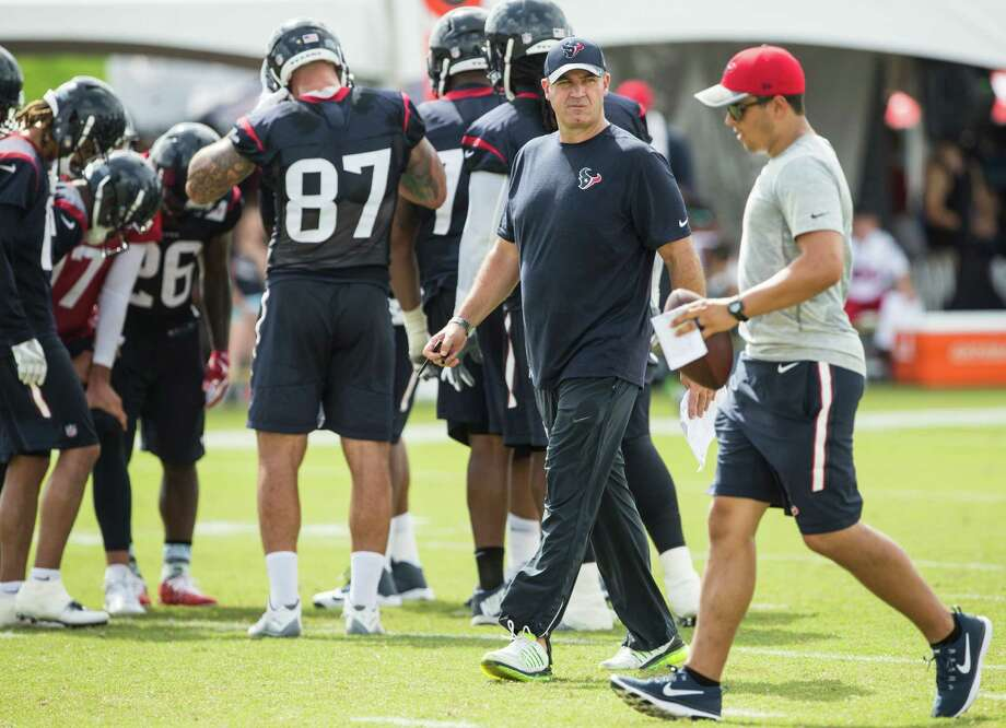 Houston Texans head coach Bill O'Brien walks upfield during Texans training camp at Houston Methodist Training Center on Sunday, July 31, 2016, in Houston. Photo: Brett Coomer, Houston Chronicle / © 2016 Houston Chronicle