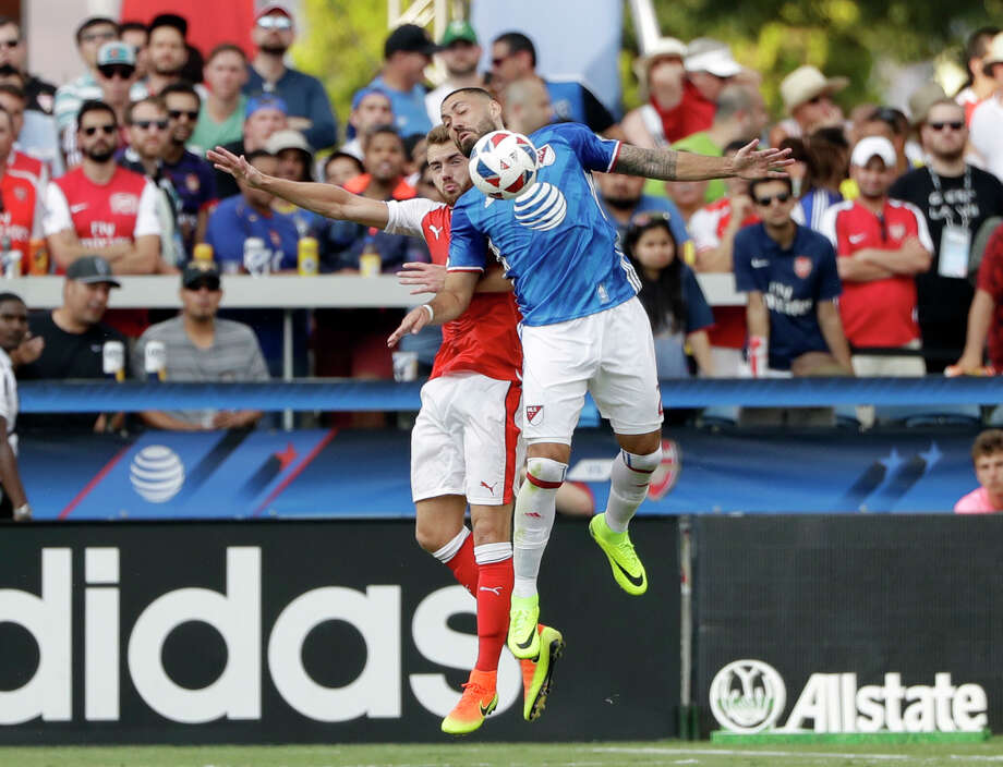 MLS All-Stars forward Clint Dempsey, right, of Seattle Sounders, is defended by Arsenal's Calum Chambers during the second half of the MLS All-Star soccer game Thursday, July 28, 2016, in San Jose, Calif. Arsenal won 2-1. (AP Photo/Marcio Jose Sanchez) Photo: Marcio Jose Sanchez, STF / Associated Press / Copyright 2016 The Associated Press. All rights reserved. This material may not be published, broadcast, rewritten or redistribu