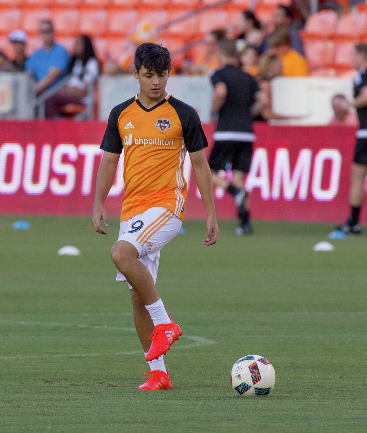 Houston Dynamo midfielder Christian Lucatero (29) on the field during practice before action between the between the Houston Dynamo and the San Jose Earthquakes during an MLS soccer game at BBVA Compass, Sunday, July 31, 2016, in Houston. (Juan DeLeon/for the Houston Chronicle)