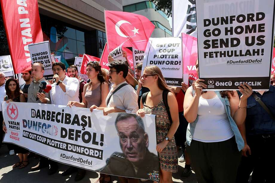 Protesters in the Turkish capital of Ankara rally during a visit by U.S. Gen. Joseph Dunford. Photo: ADEM ALTAN, AFP/Getty Images