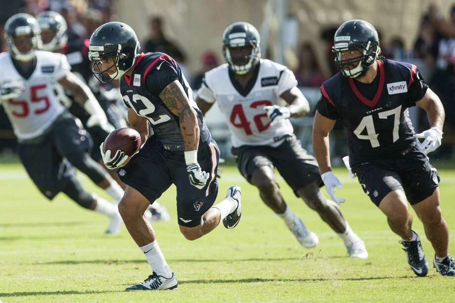 Houston Texans wide receiver Wendall Williams (82) returns a punt during Texans training camp at Houston Methodist Training Center on Monday, Aug. 1, 2016, in Houston. Photo: Brett Coomer, Houston Chronicle / © 2016 Houston Chronicle