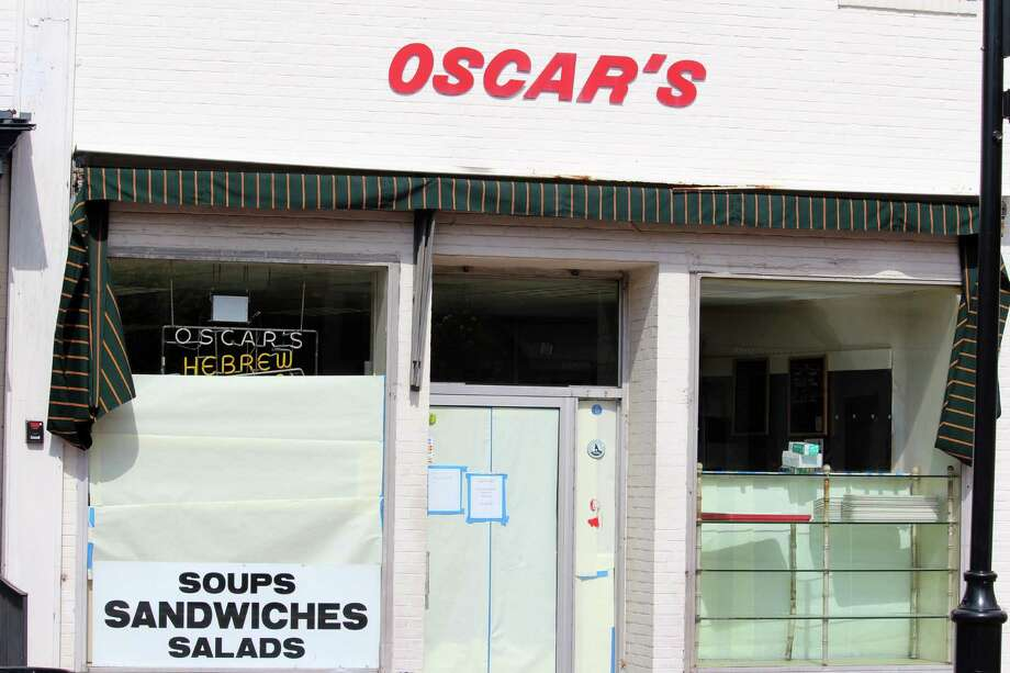 Oscar's Deli closed Monday. Photo: Chris Marquette / Hearst Connecticut Media / Westport News