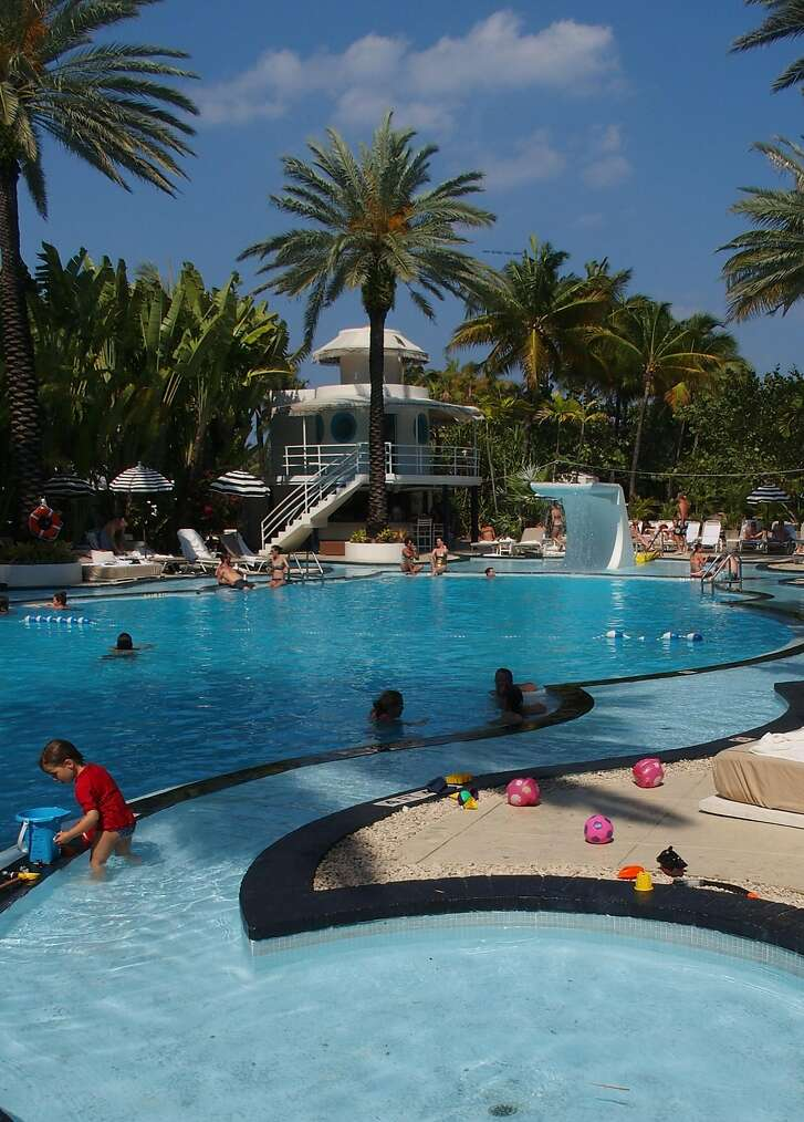 The pool at the Raleigh Miami Beach hotel maintain it's old-time feel, but with modern amenities.