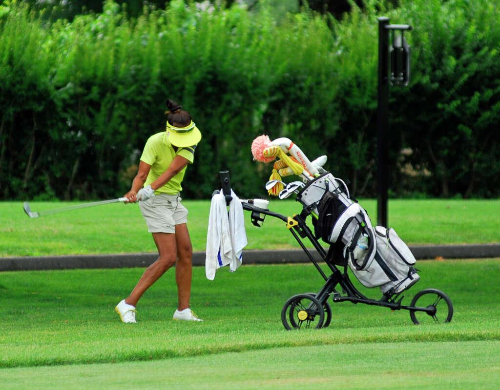 narang benaderet wins lwga club championship westport news jo rasmussen takes a shot during the longshore womens golf association s club championship on saturday