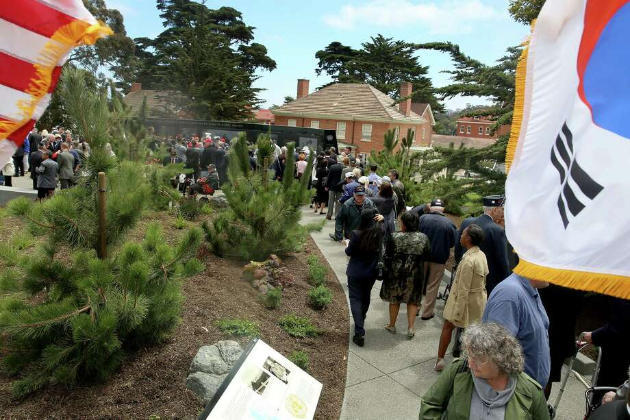 Hundreds came to visit the Korean War Memorial at the Presidio in San Francisco, Calif., on Monday, August 1, 2016. Photo: Liz Hafalia / The Chronicle / online_yes