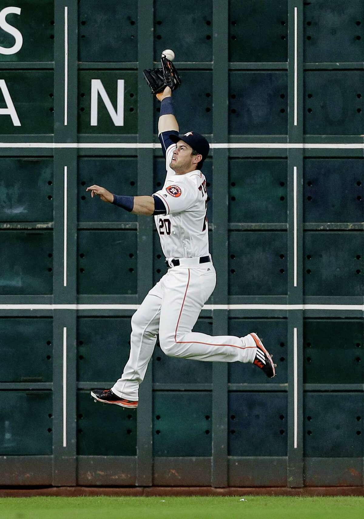 Aug 1: Astros 2, Blue Jays 1 HOUSTON, TX - AUGUST 01: Preston Tucker #20 of the Houston Astros has a line drive by Devon Travis #29 of the Toronto Blue Jays go off the top of his glove in the third inning for a double at Minute Maid Park on August 1, 2016 in Houston, Texas.