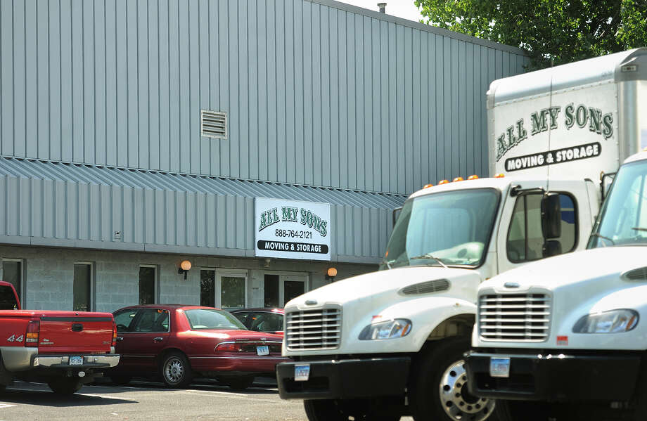 Workers Accuse Stratford Moving Company Of Wage Theft