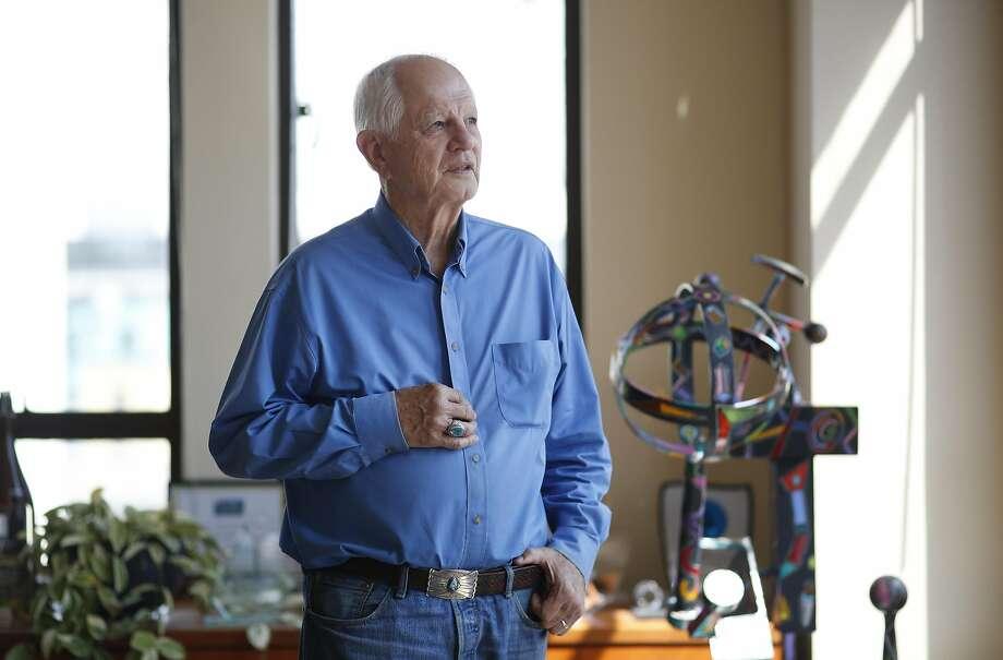 Berkeley Mayor Tom Bates has endorsed Councilman Laurie Capitelli as his successor. Photo: Leah Millis, The Chronicle
