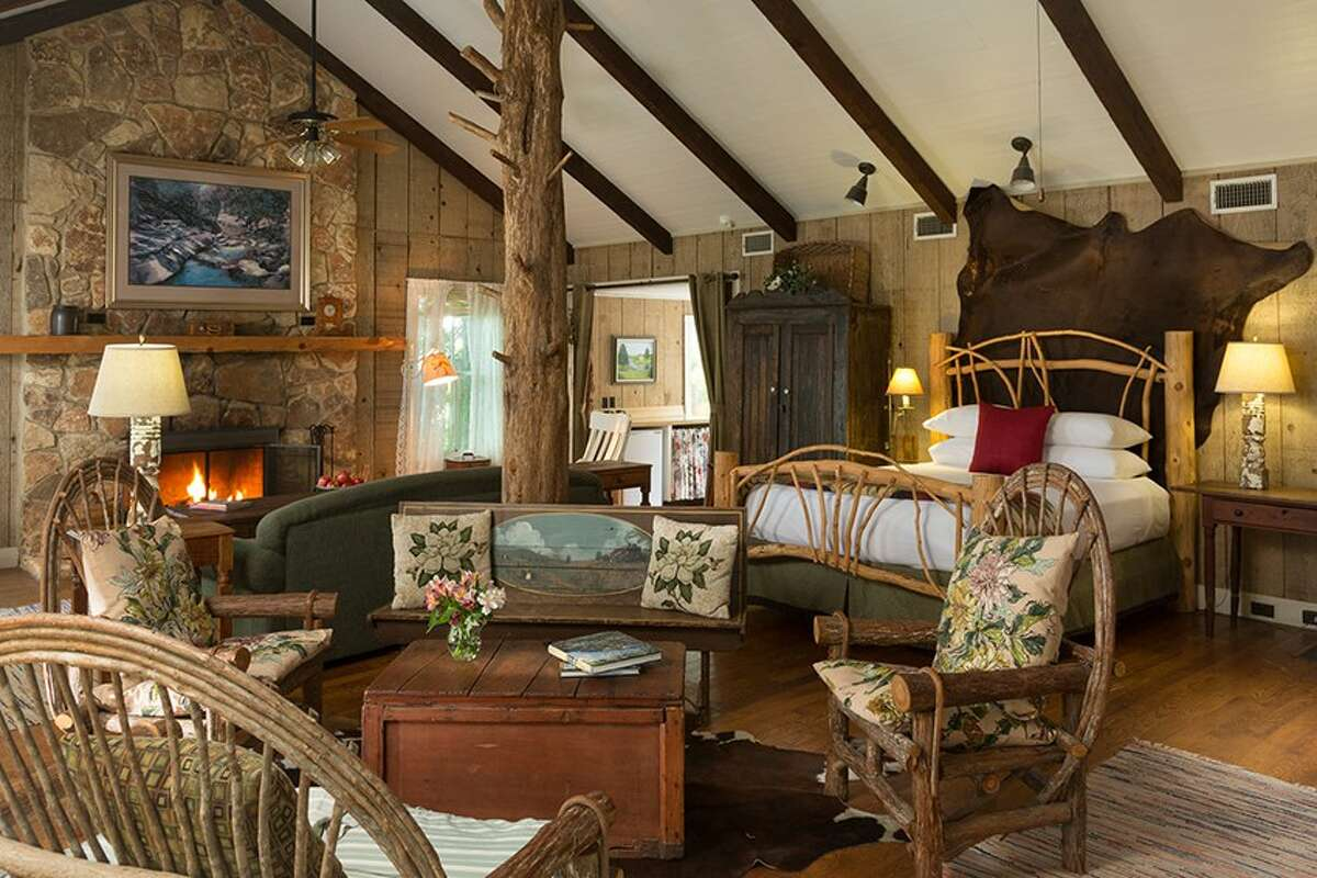 Cat Spring, Texas Stay at one of theBlisswood Bed & Breakfastcabins and opt for the Texas Ranch Honeymoon Package. The package includes a private picnic at the lakeside gazebo, romantic room setup and champagne for $189.