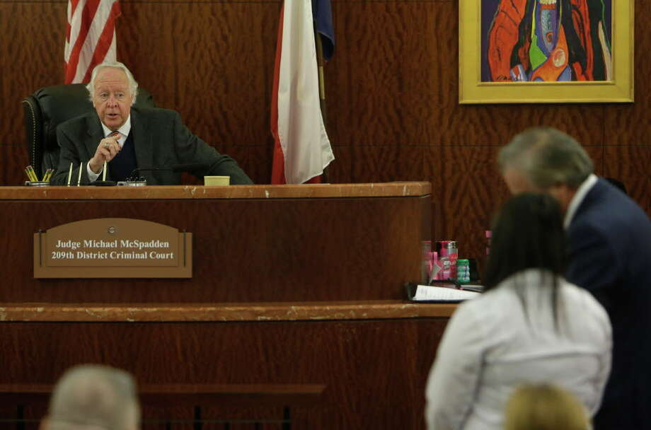 State District Judge Michael McSpadden speaks to Alexandria Vera, 24, a former Aldine ISD teacher, in court Wednesday, Aug. 3, 2016, in Houston.  She is accused of having a long-term sexual relationship with a 13-year-old boy.  The judge rejected a request from prosecutors that Vera's bail be revoked for a curfew violation. Vera is free on a $100,000 bail but has to wear a GPS ankle monitor, stay away from schools and have no contact with the teen who allegedly impregnated her. Photo: Melissa Phillip, Houston Chronicle / © 2016 Houston Chronicle